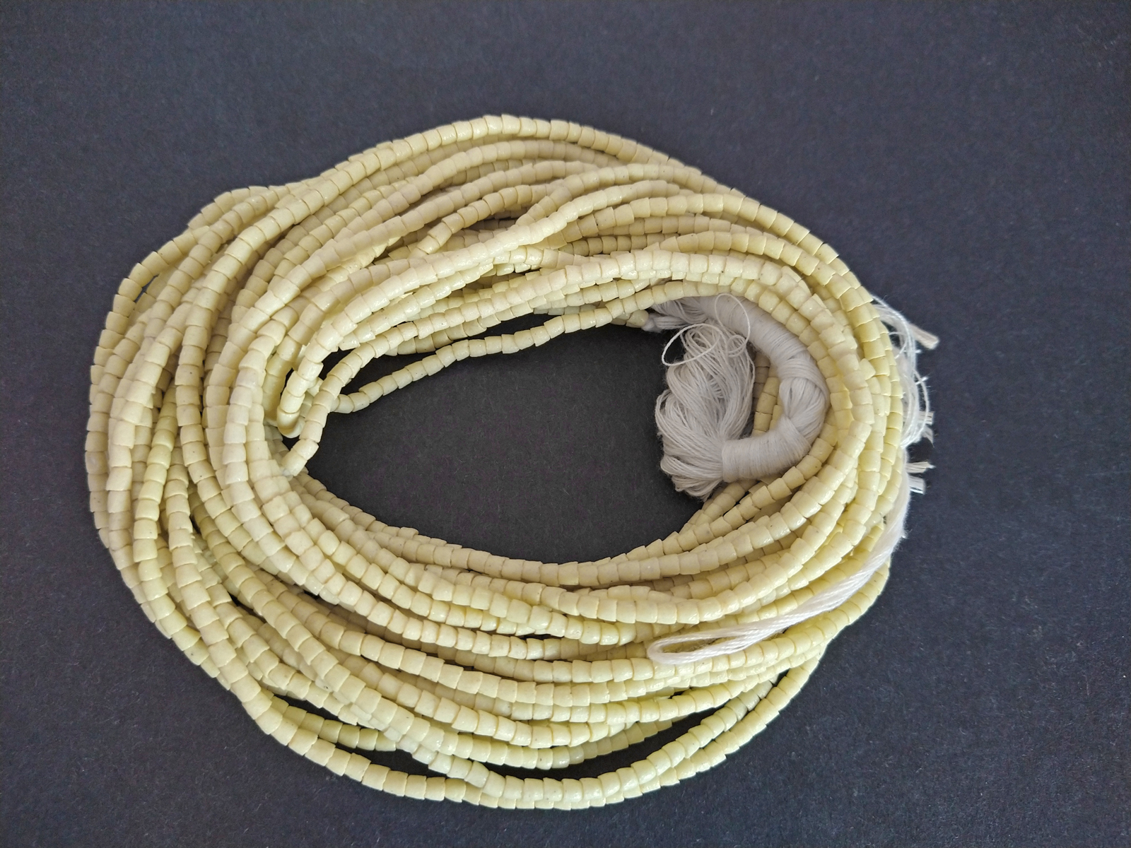African-Waist-Beads-Ghana-Krobo–Recycled-Glass-3mm-custard