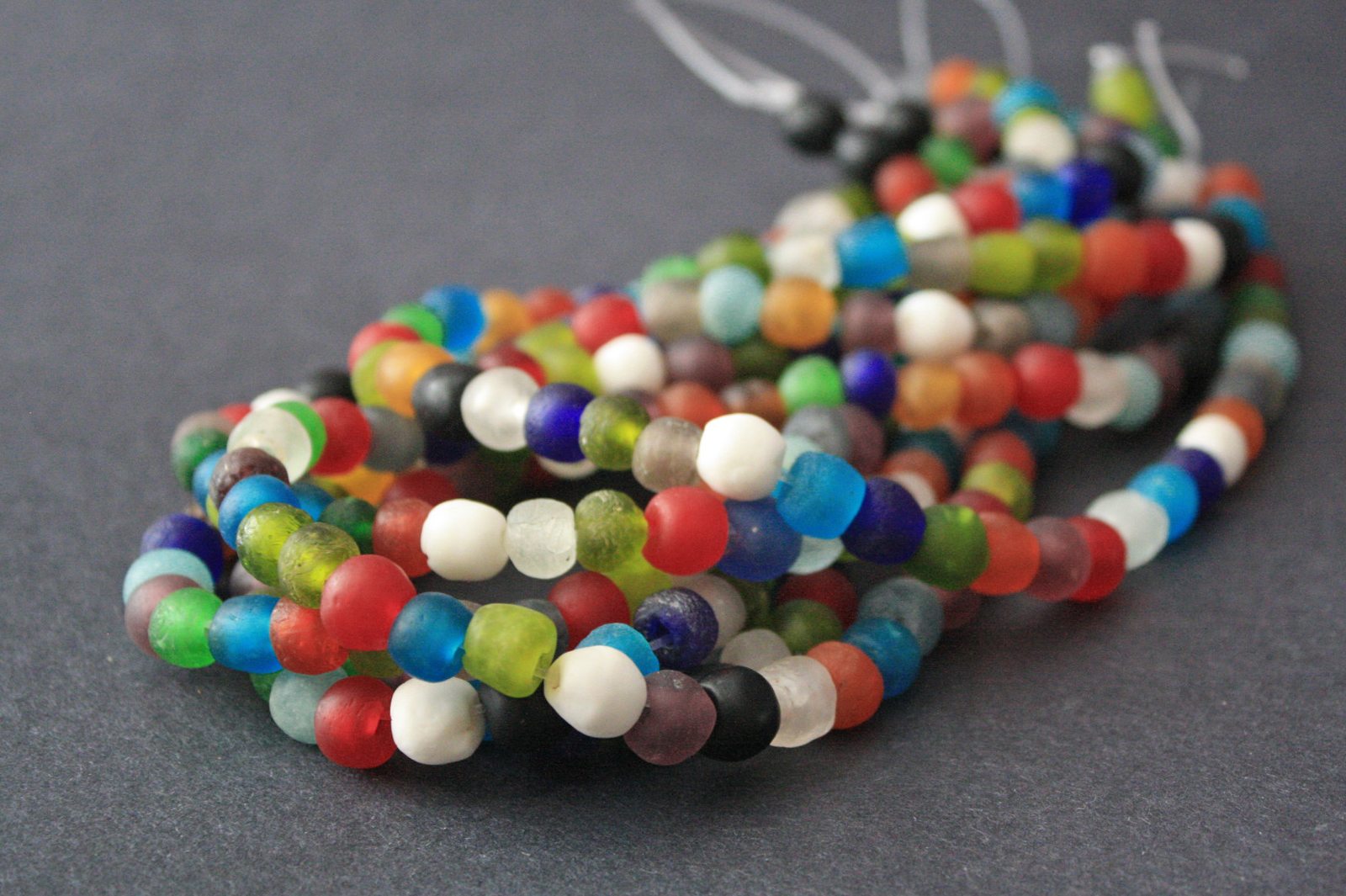 African-beads-Ghana-Krobo-Recycled-Glass-8-to-10-mm-mixed-colour-strand