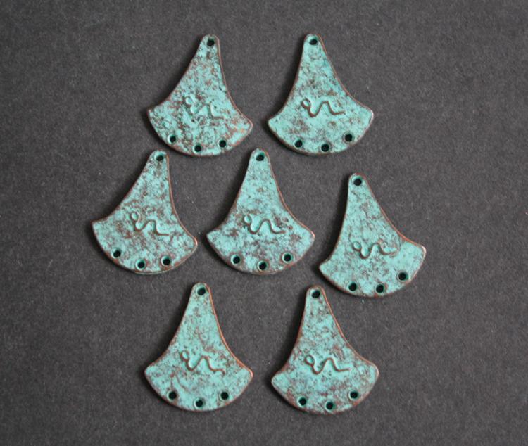 Antique-Copper-Green-Pendant-Anchor