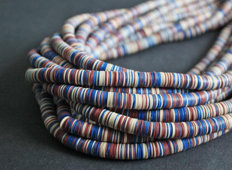 8-mm-vinyl-vulcanite-heishi-disc-beads-blue-red-cream.2