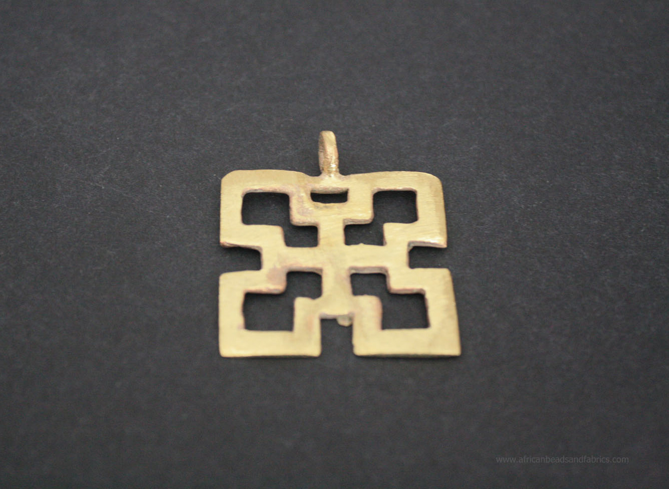 African-brass-adinkra-pendant-nsaa-symbol-of-good-quality-and-durability-2
