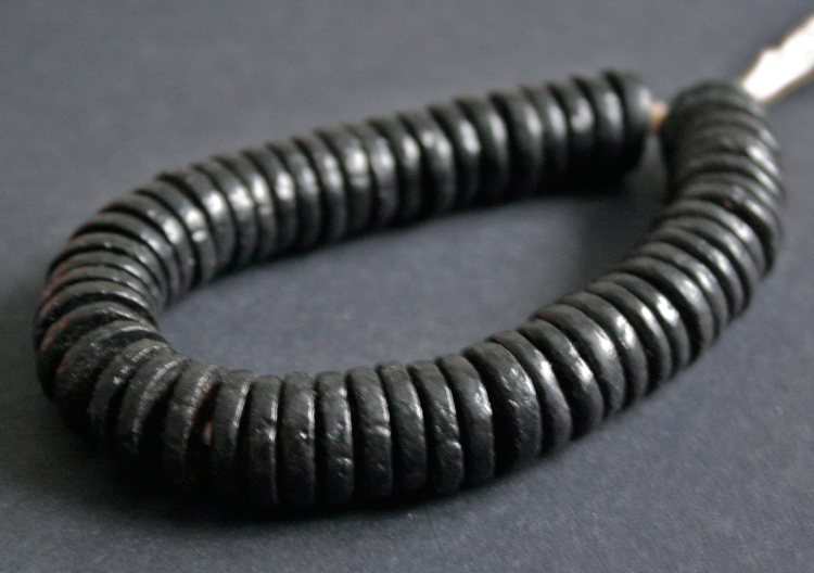 Black-African-Disc-Beads-16-to-18-mm