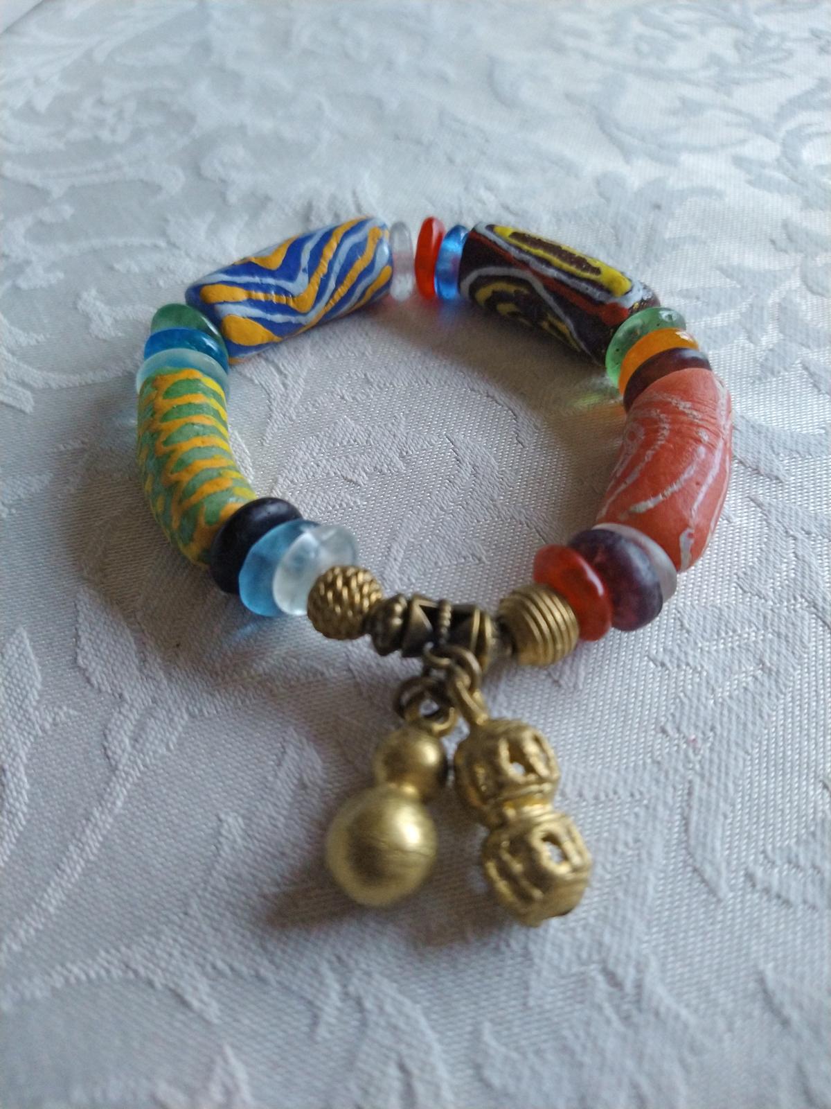 African-Jewelry-Ghana-Krobo-Recycled-Glass-Beads-with-brass-pendants